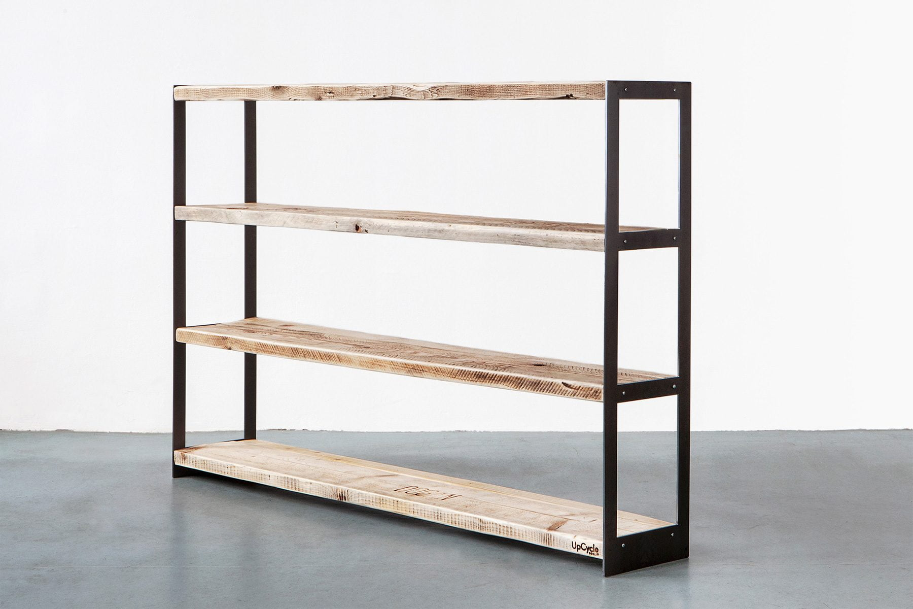 UpCycle-Berlin-PALINDROM-Sideboard_Breit