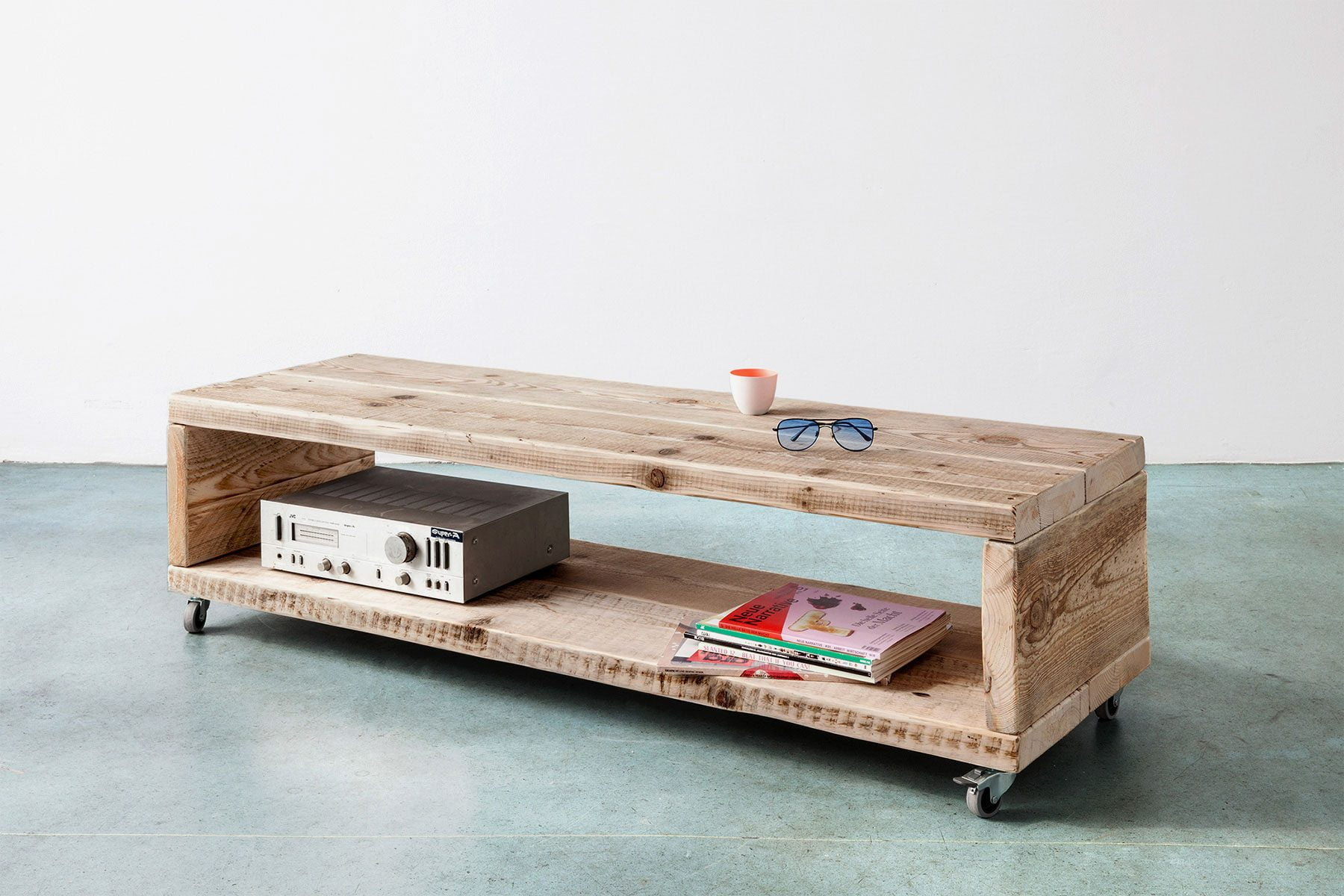 Medienboard Sideboard Lowboard nach Mass aus Bauholz UpCycle Berlin
