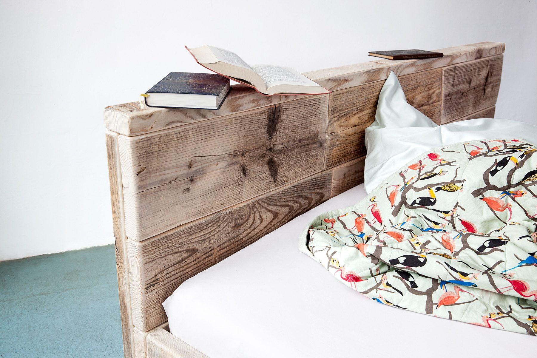 Großes Kopfteil Bett Lehne Massivholz UpCycle Berlin bequem