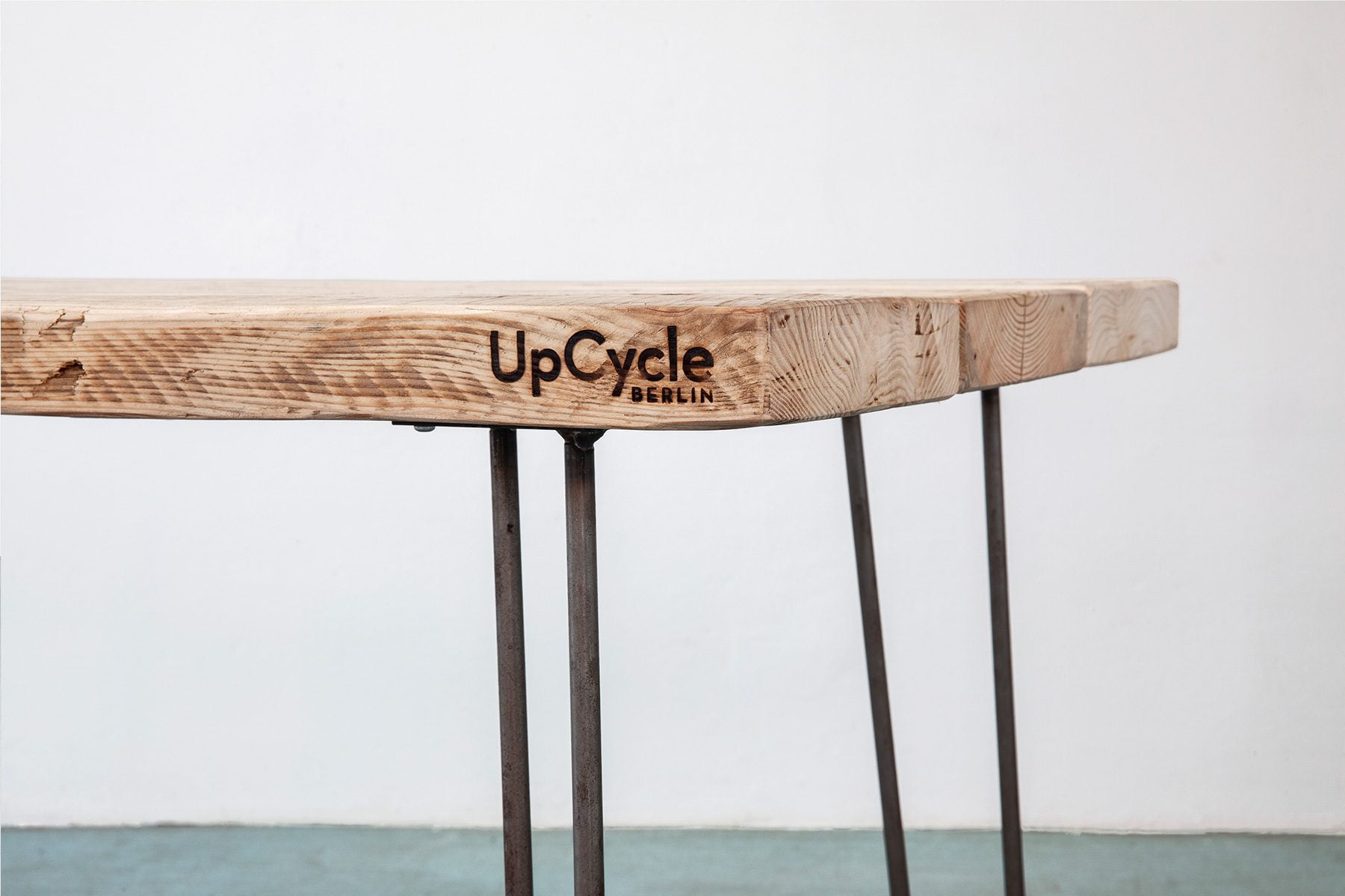 Massivholz Tischplatte aus Bauholz nach Maß Detailansicht