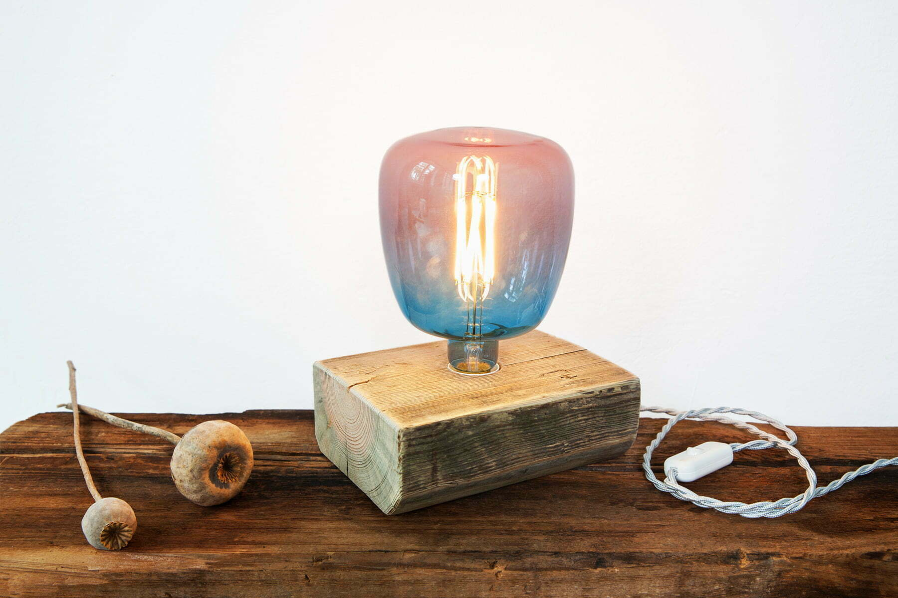 UpCycle-Berlin-Lampe-FIREWOOD-KLOTZ-FLACH-Multicolor-Medium