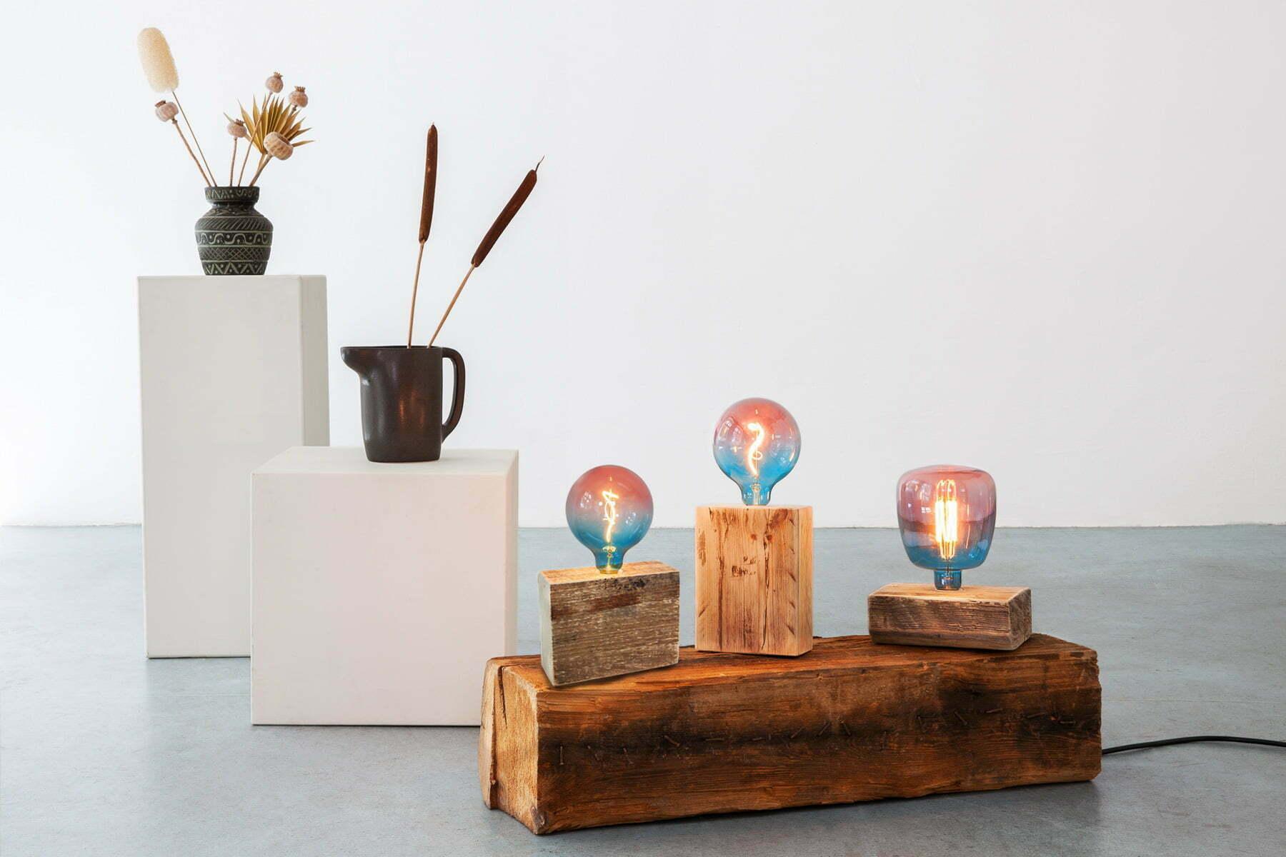 UpCycle-Berlin-Lampe-FIREWOOD-KLOTZ-Leuchtobjekt-Galerie